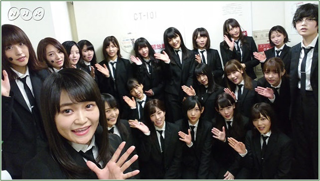 NHKの『シブヤノオト』に、欅坂46が出演しました!披露曲は地上波初になる『風に吹かれても』です!渡辺直美さんの近くに座っている、